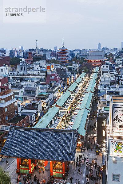 Asakusa,Asien,Bauwerk,beleuchtet,Einkaufen,Freizeit