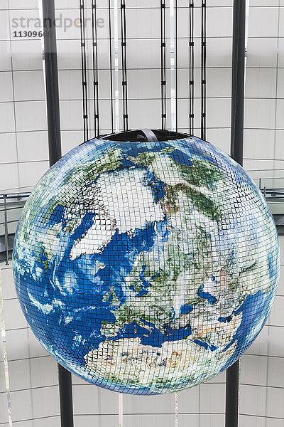 Asien,Emerging Science and,Erdkugel,Geosphäre,Hauptstadt,Honshu