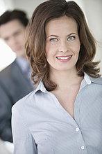 Portrait einer lächelnden Geschäftsfrau